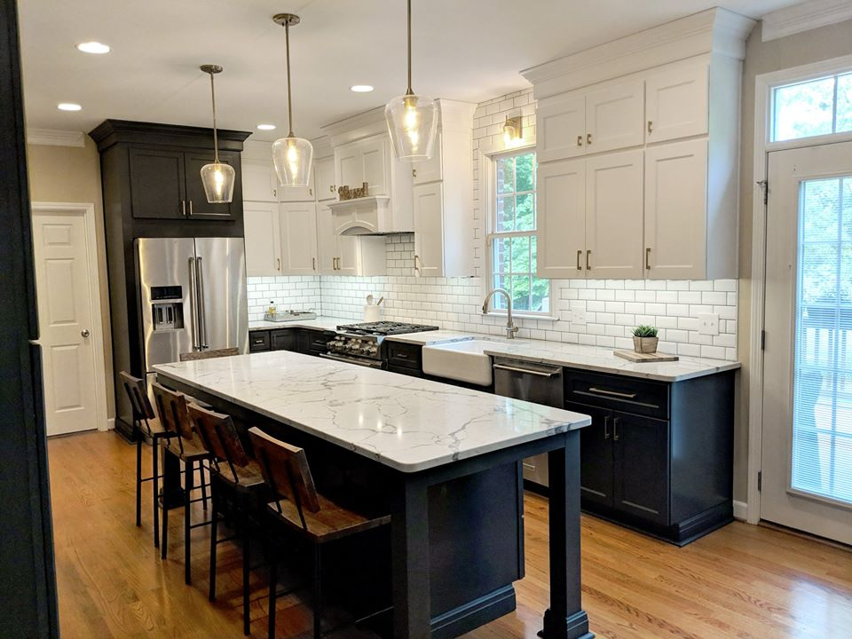 Kitchen Design, 2 tone cabinets, stainless steel, pendant lights